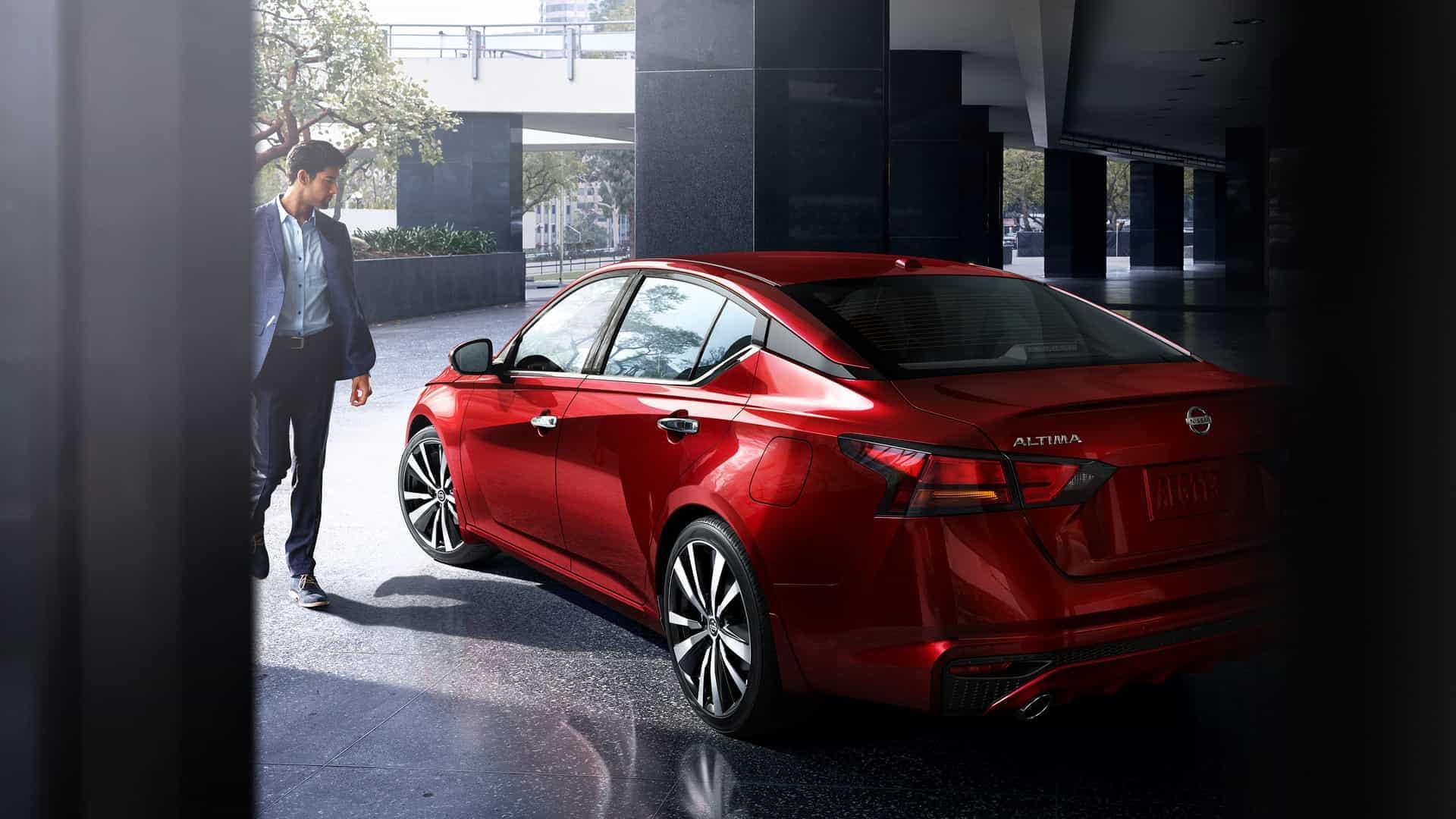 Explore the 2020 Nissan Altima in San Antonio TX