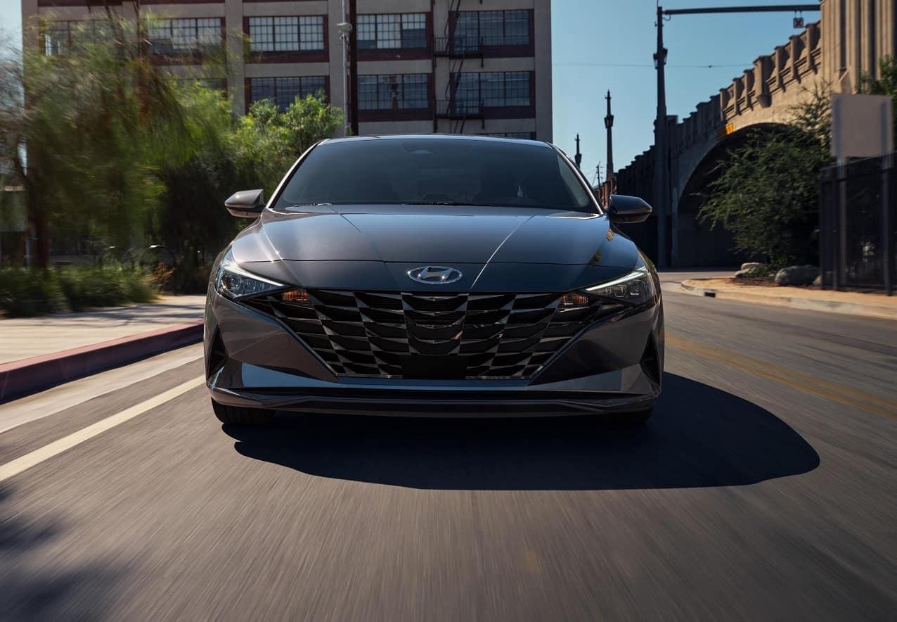 2021 Hyundai Elantra Driving