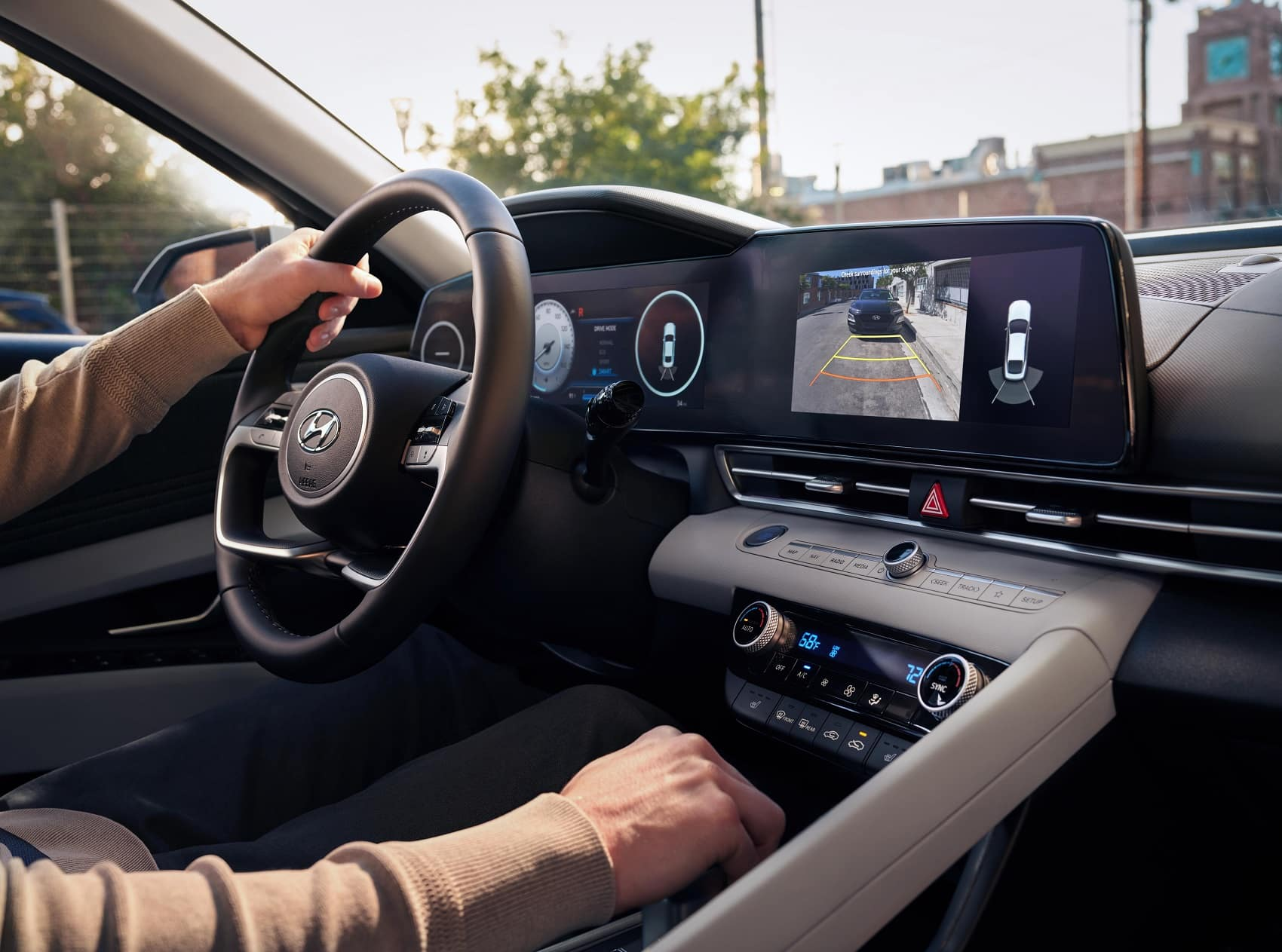 2021 Hyundai Elantra Interior Technology