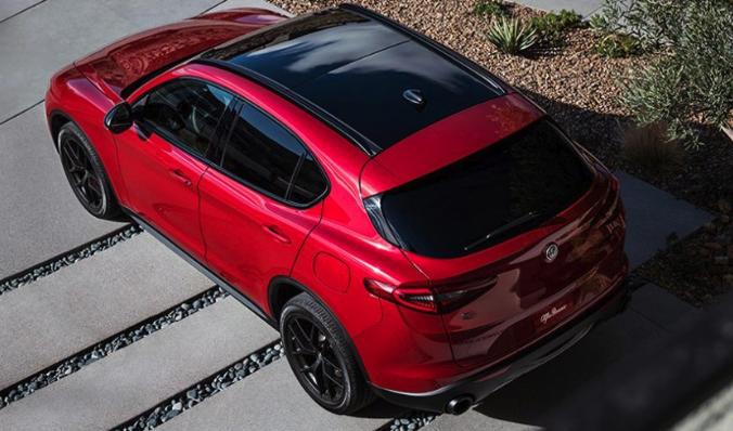 Alfa Romeo Stelvio Roof View