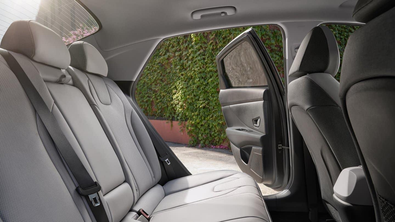 elantra interior back seat