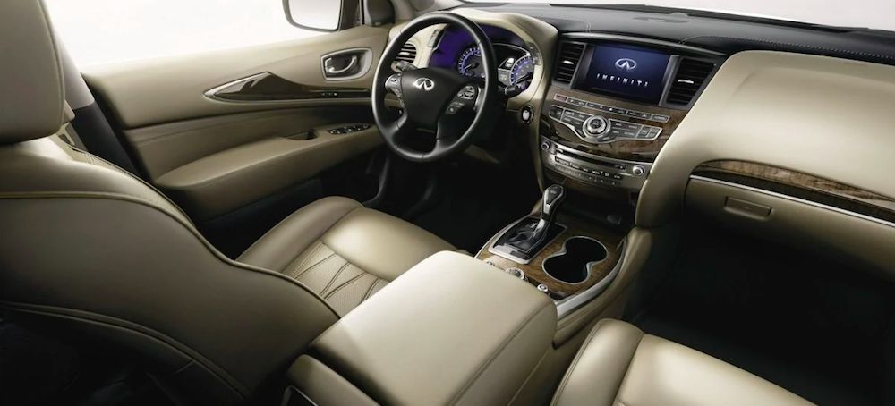 The front interior of an INFINITI QX60