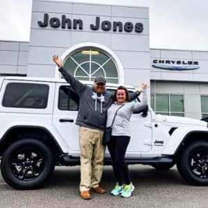 Chrysler Christina & Tim Hobbs 2020 Jeep Wrangler Sahara 2