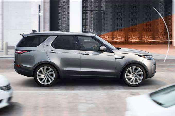 LAND ROVER DISCOVERY SAFETY
