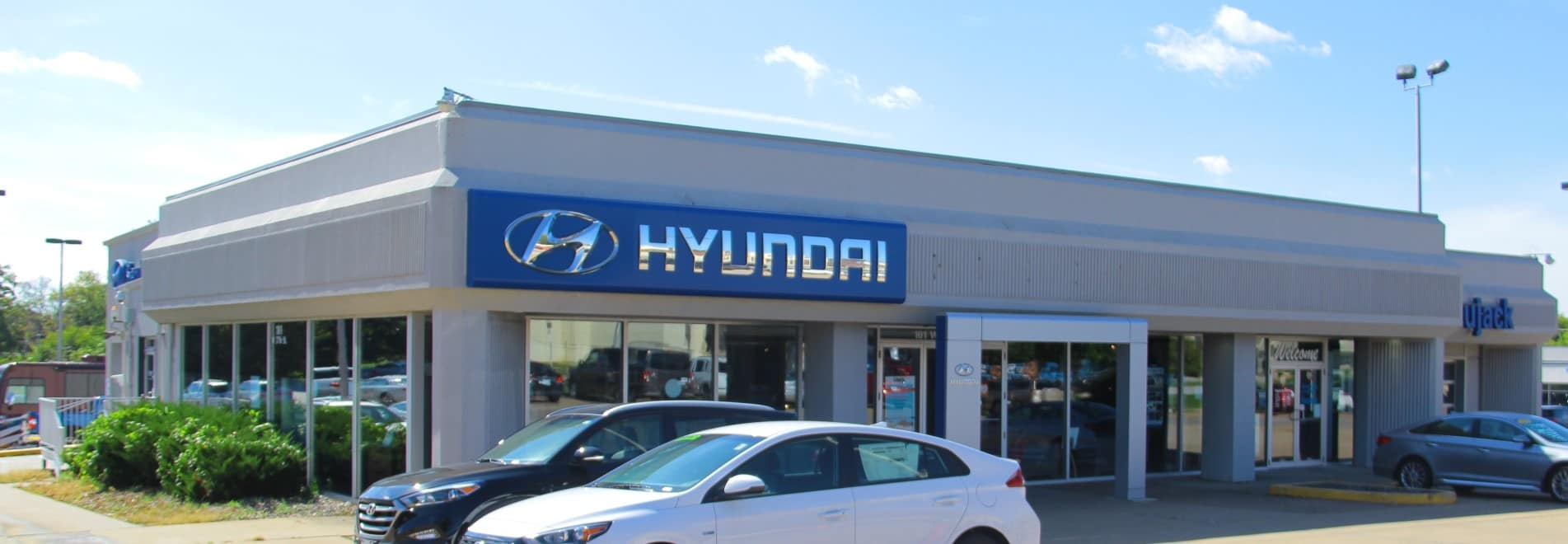 Hyundai Store Front Banner