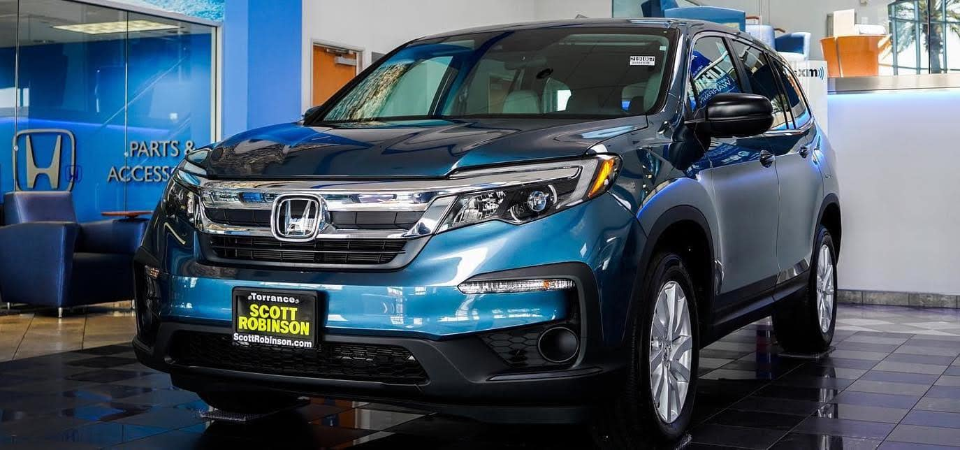 Scott Robinson Honda Showroom