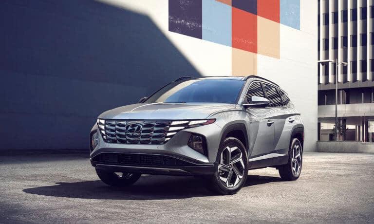 2022 Hyundai Tucson exterior in city lot